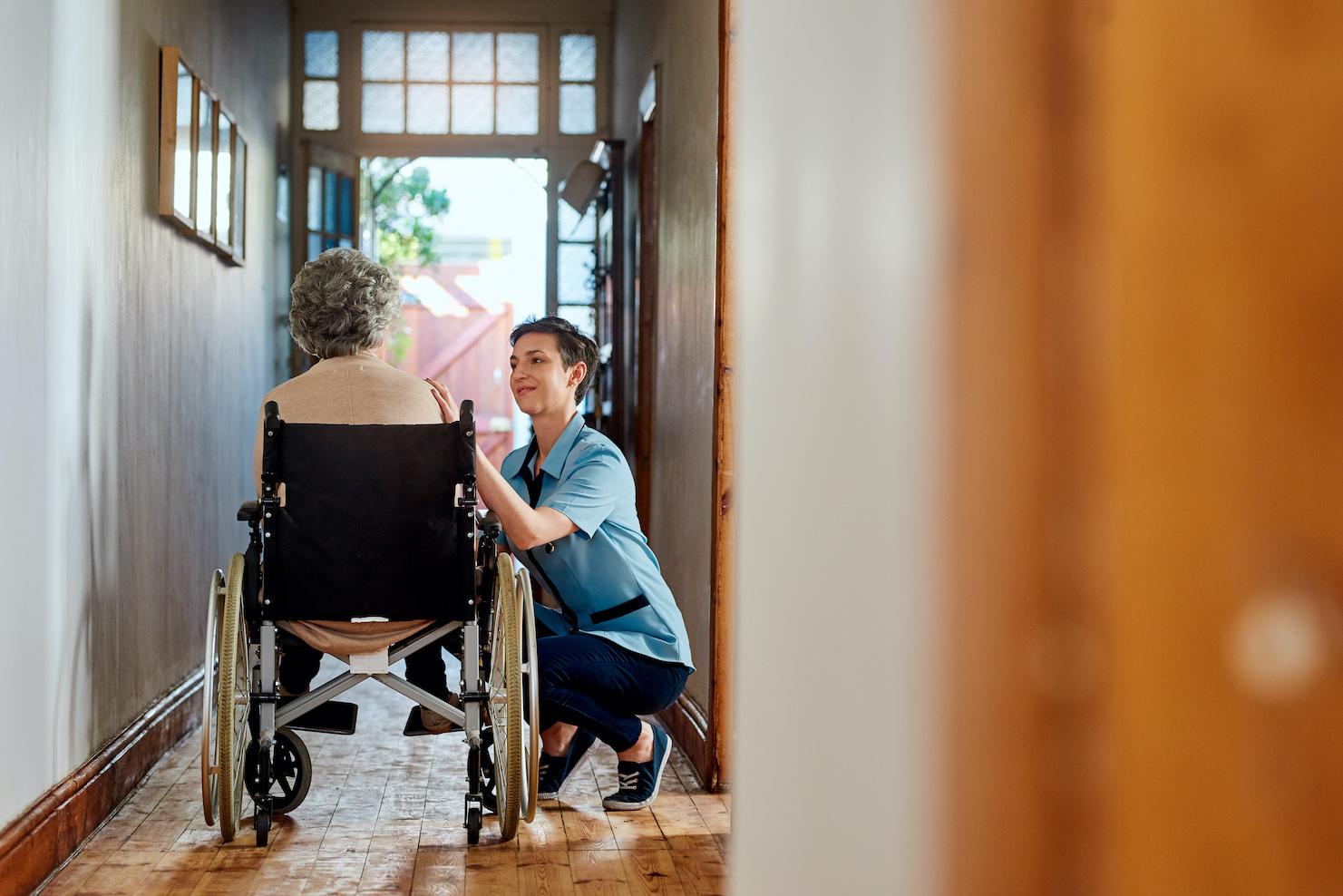 infirmière à domicile inzee.care auxiliaire de vie