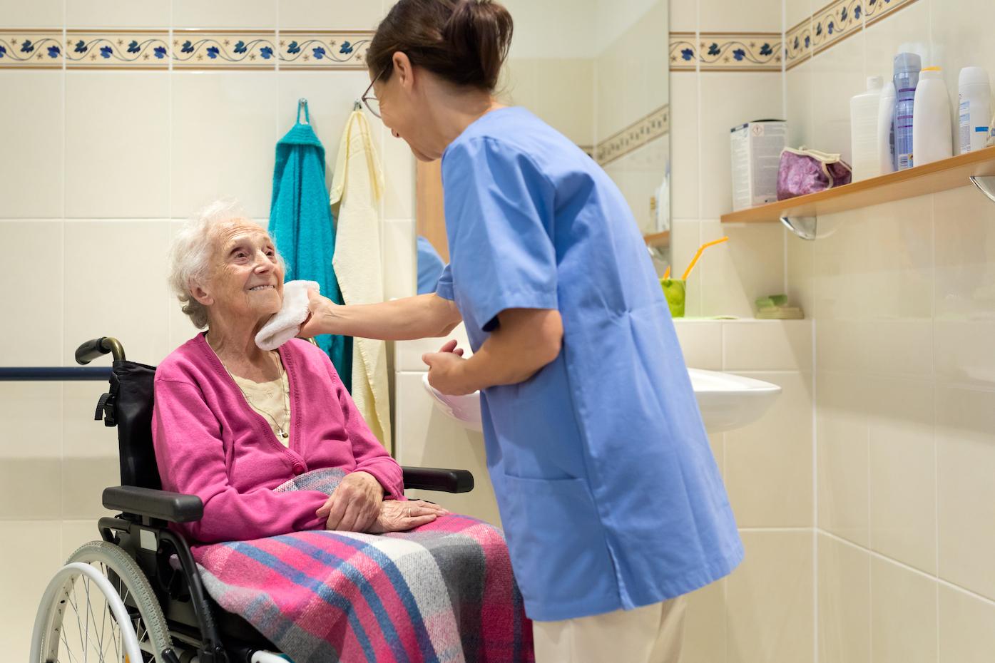 Toilette à domicile par infirmière - inzee.care